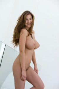 femme mure et nue dans le 58 pour sexe