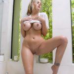 jeune mariee nue pour sodomie dans le 84