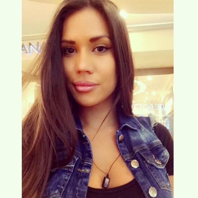 Jeune maman du 46 pour sexe anal