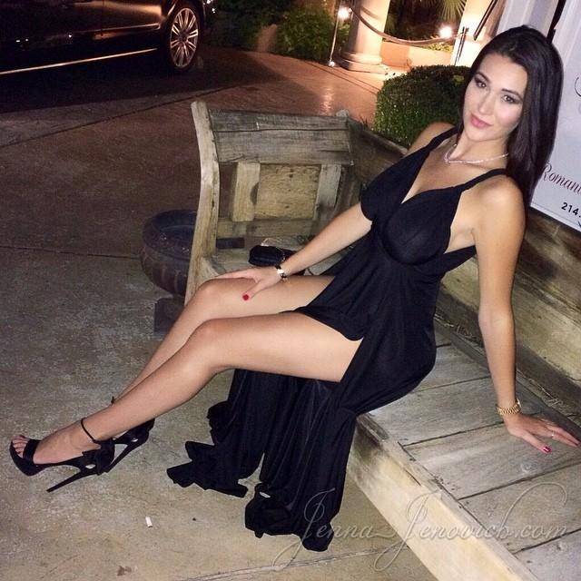 Partage photo sexy jeune infidèle du 45 pour baise